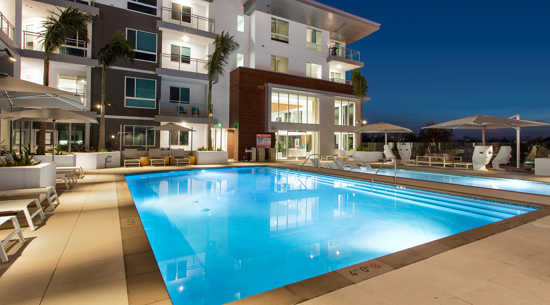 The Royce - Sparkling Salt Water Pool in Irvine